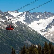 Peak to Peak Gondola and stunning mountain scenery