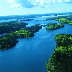 Knee Lake