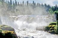 Blick auf die Pisew Falls im Pisew Falls Provincial Park, Manitoba