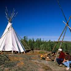 Canvas Tipi an der Blachford Lake Lodge
