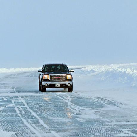 Unterwegs auf der Tuk Ice Road