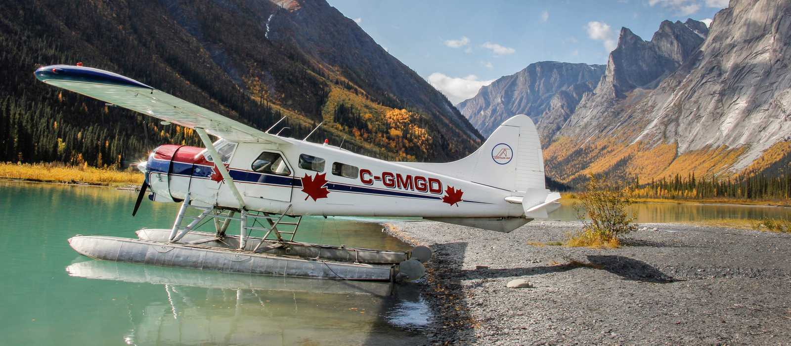 Glacier Lake im Nahannni National Park