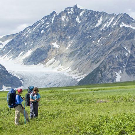 Wanderer vor Samuel Gletscher