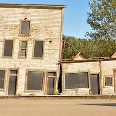 Alte Goldgraeberhaeuser in Dawson City