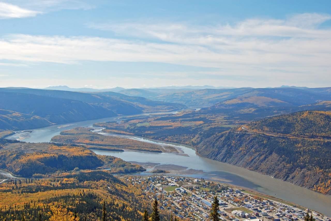 Blick vom Dome auf Dawson City