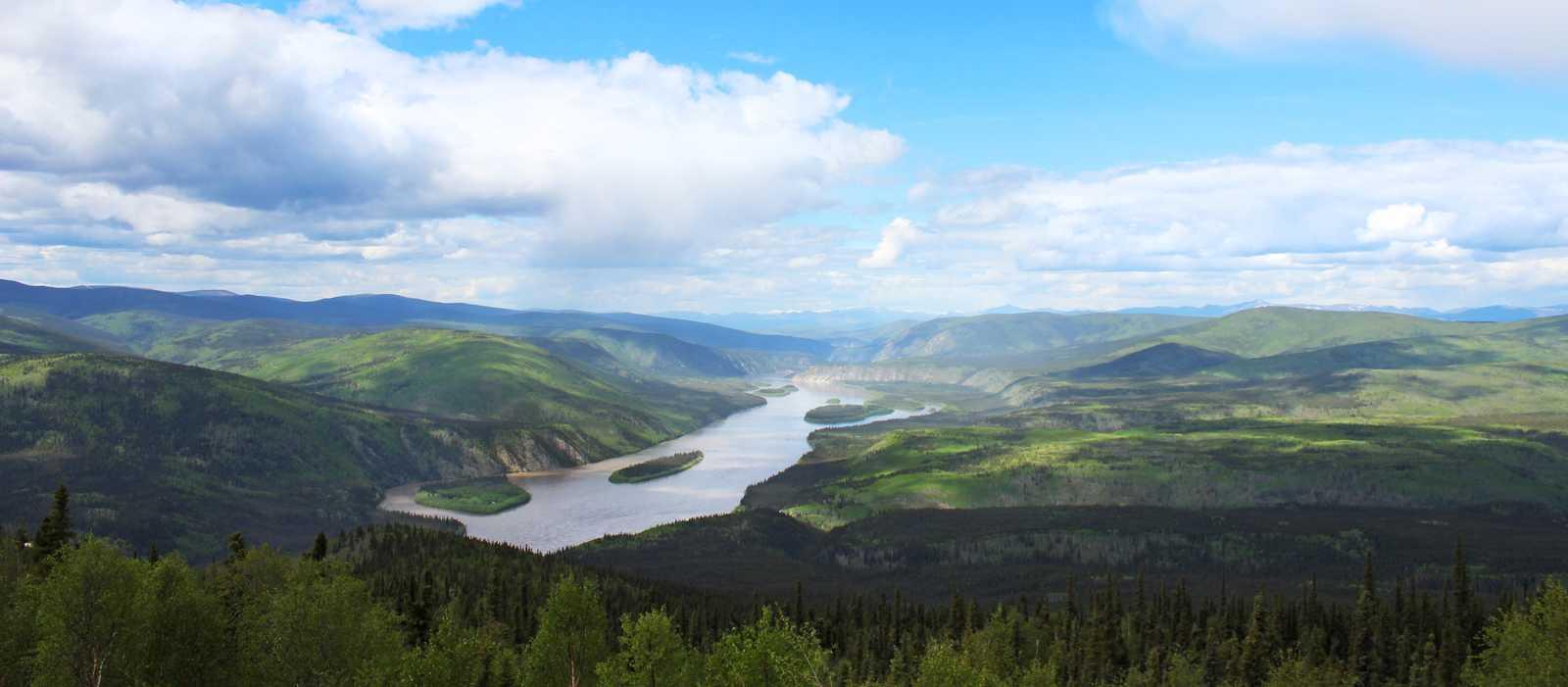 Ausblick vom Midnight Dome auf den Yukon River