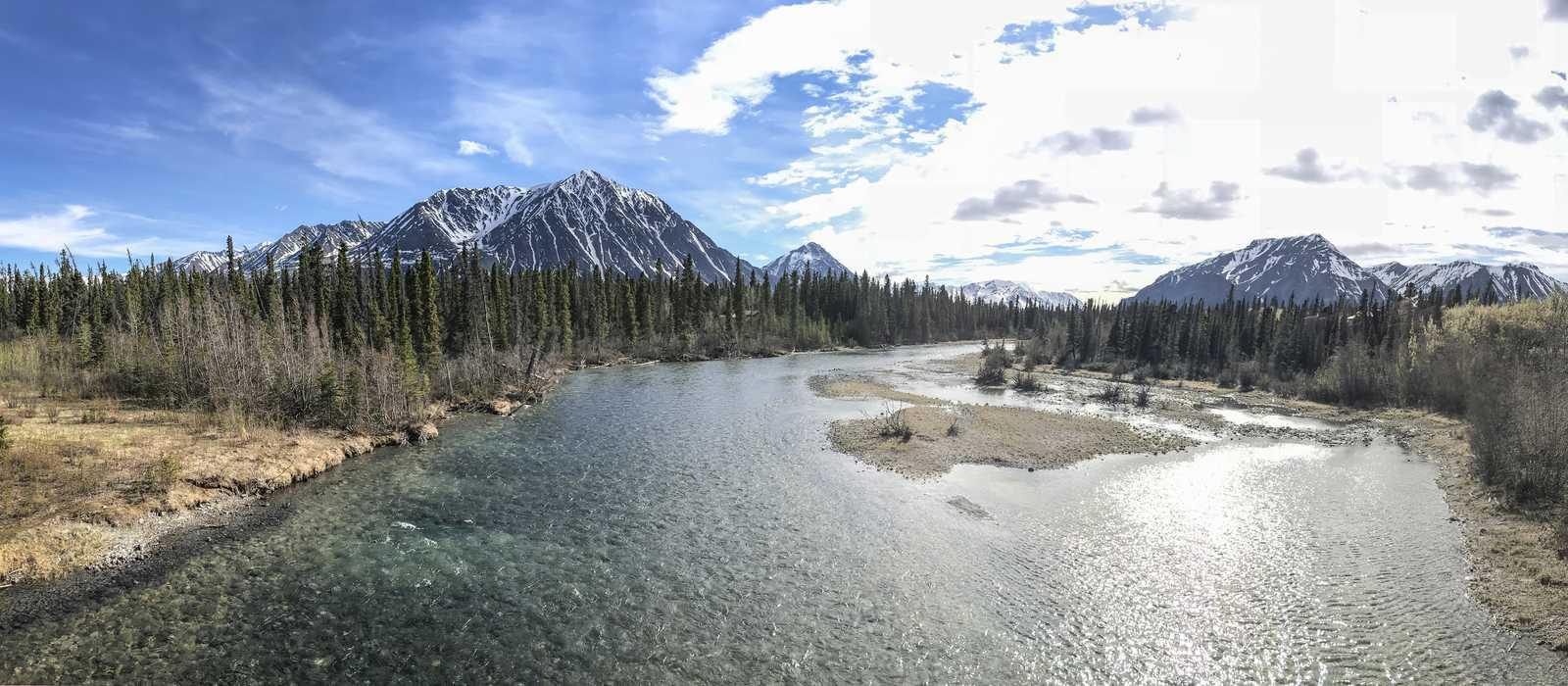 Ausblick auf die Berge im Kluane National Park