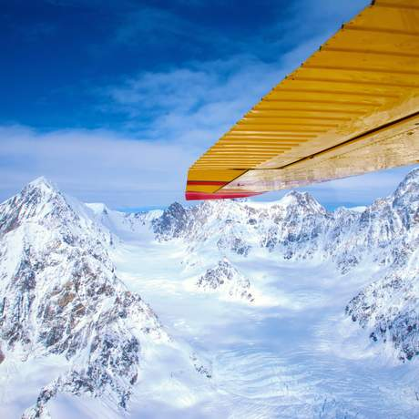 Flug über den Kluane Naionalpark im Winter