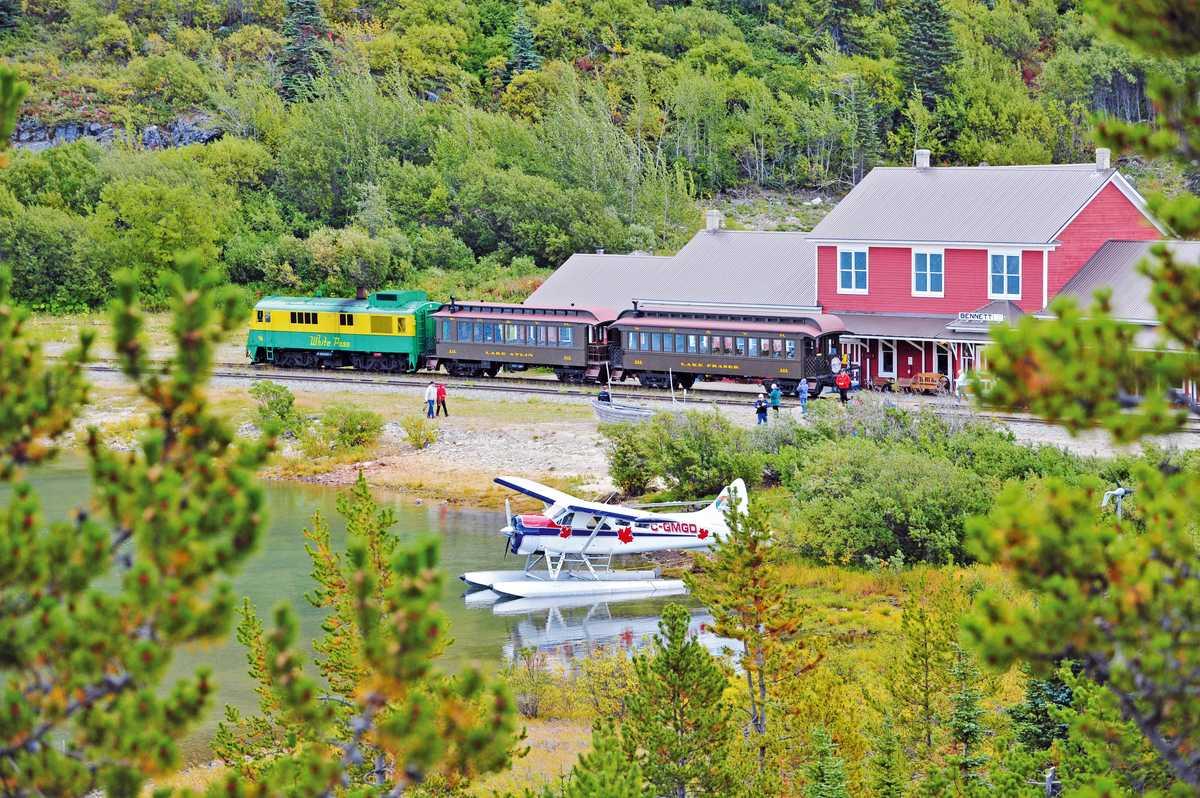Bahnhof der White Pass & Yukon Route Railway am Lake Bennett