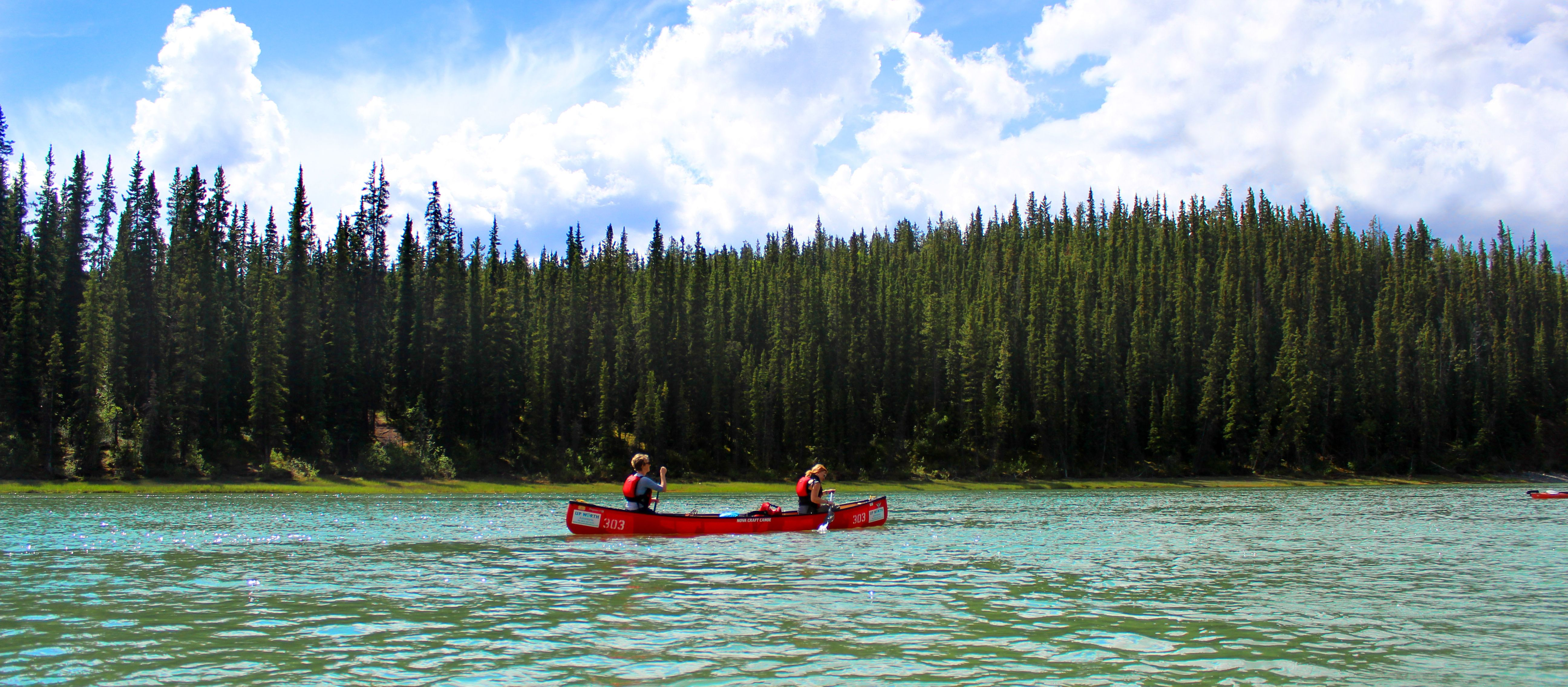 Kanutour auf dem Yukon River im Yukon Territory