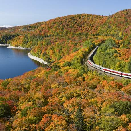 Agawa Train im Indian Summer