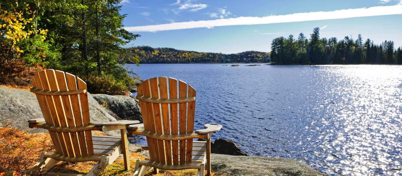 Chairs am Lake Of Two Rivers