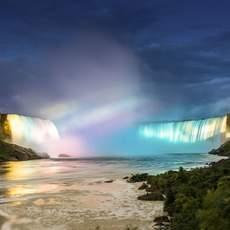 Lichtshow in mitten der Niagarafälle
