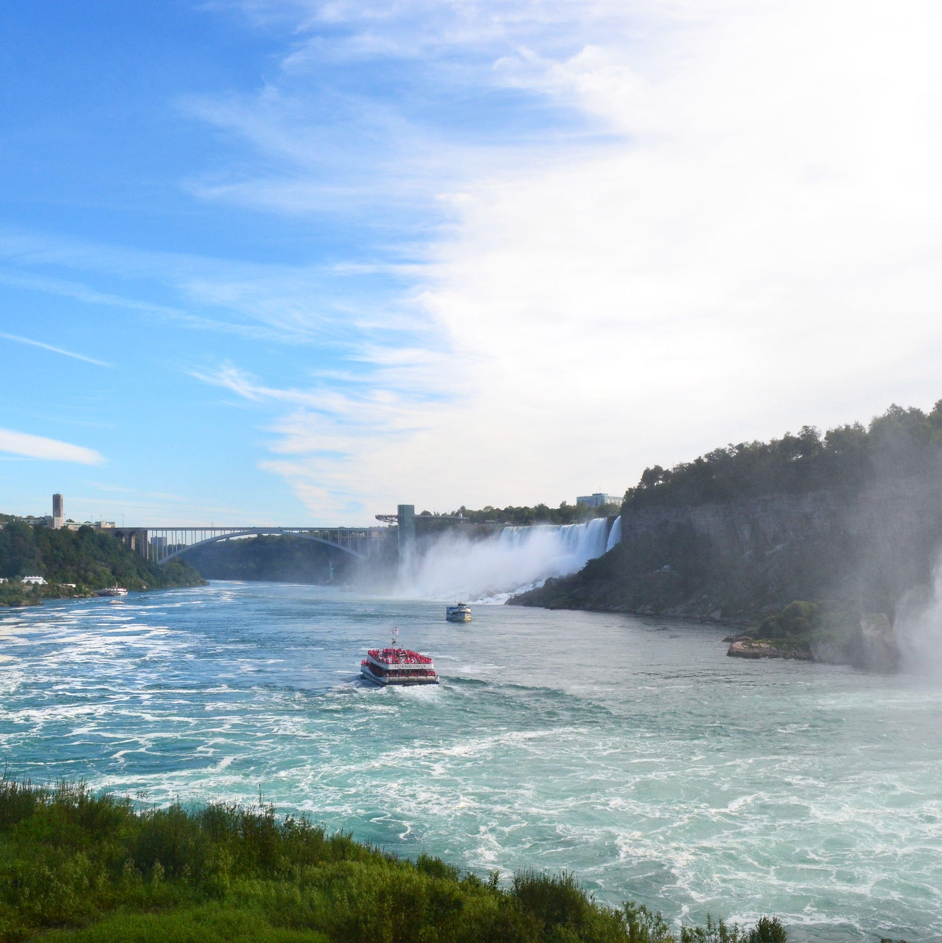 Hornblower Cruise bei den Niagara Falls