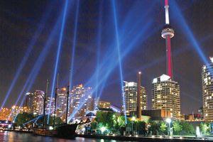 Erleben Sie Toronto in der Nacht