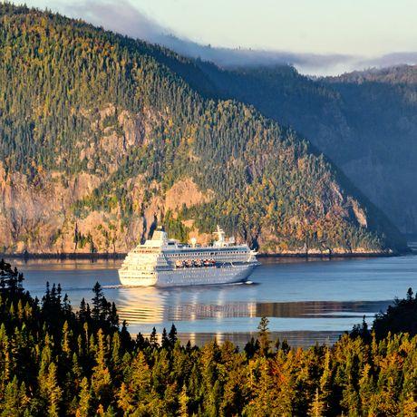 Kreuzfahrtschiff in Quebec