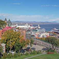 Am Hafen von Quebec