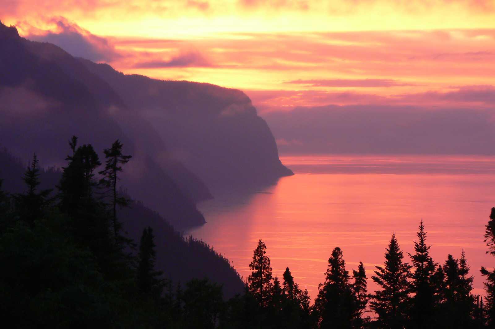 Der Fjord-du-Saguenay bei Sonnenuntergang