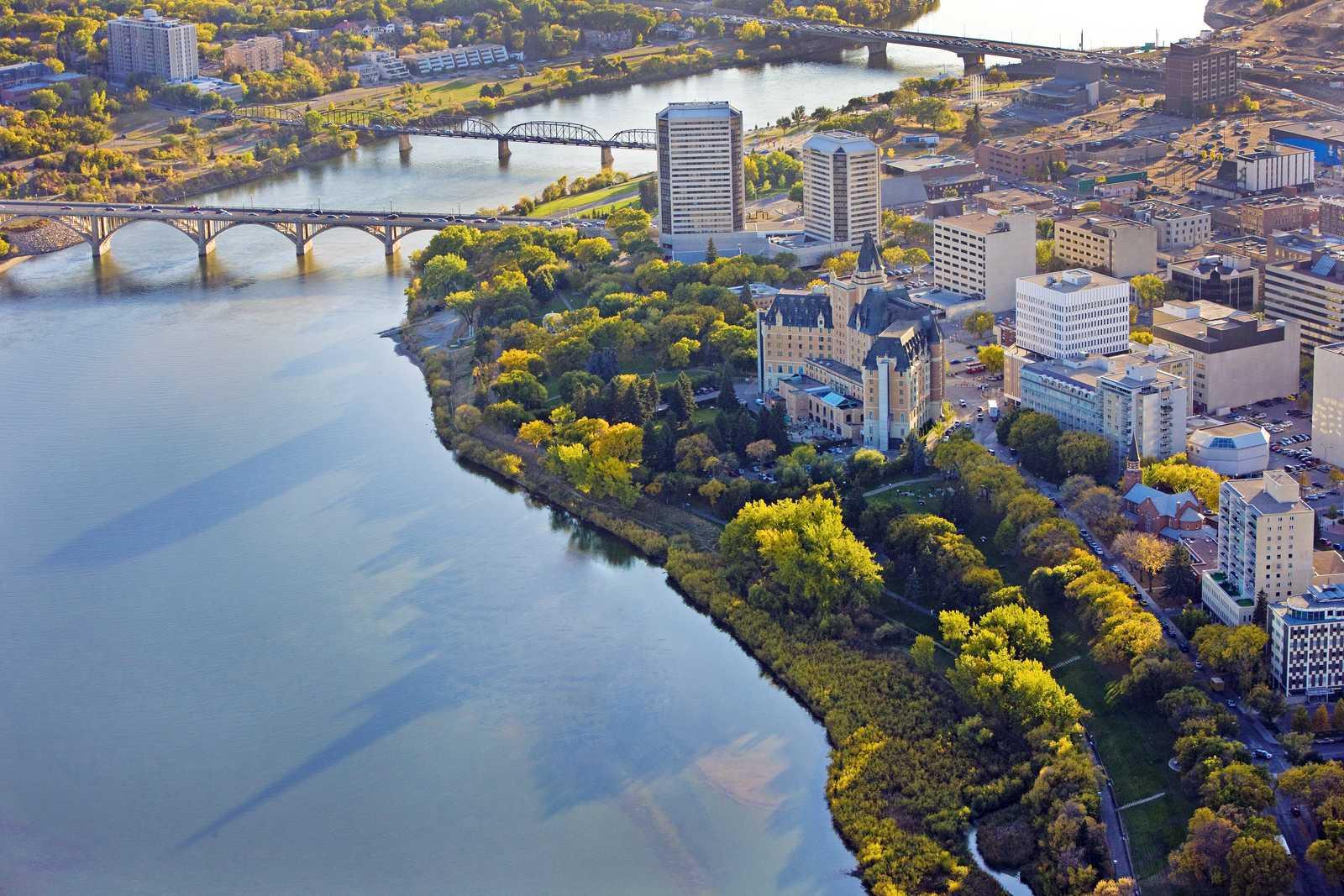 Blick auf Saskatoon aus der Vogelperspektive