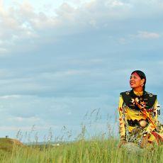 Firts-Nations-Taenzerin im Wanuskewin Heritage Center