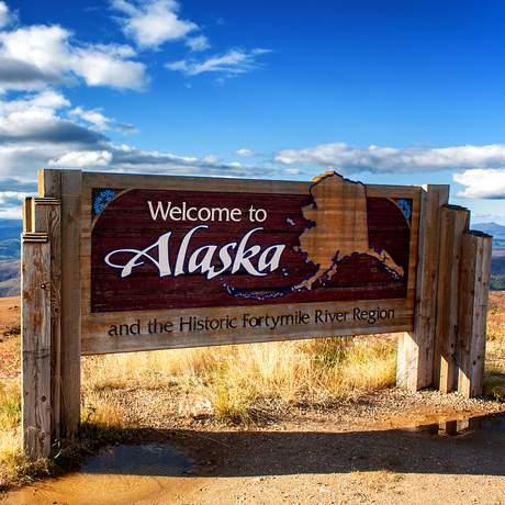 Willkommen-Schild von Alaska
