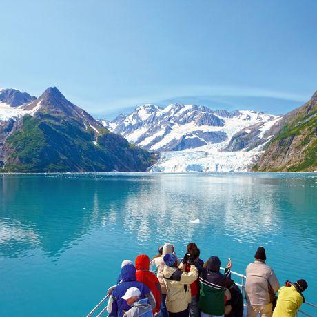 Bootsfahrt auf einem Gletschersee