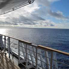Blick von Bord über den Pazifik