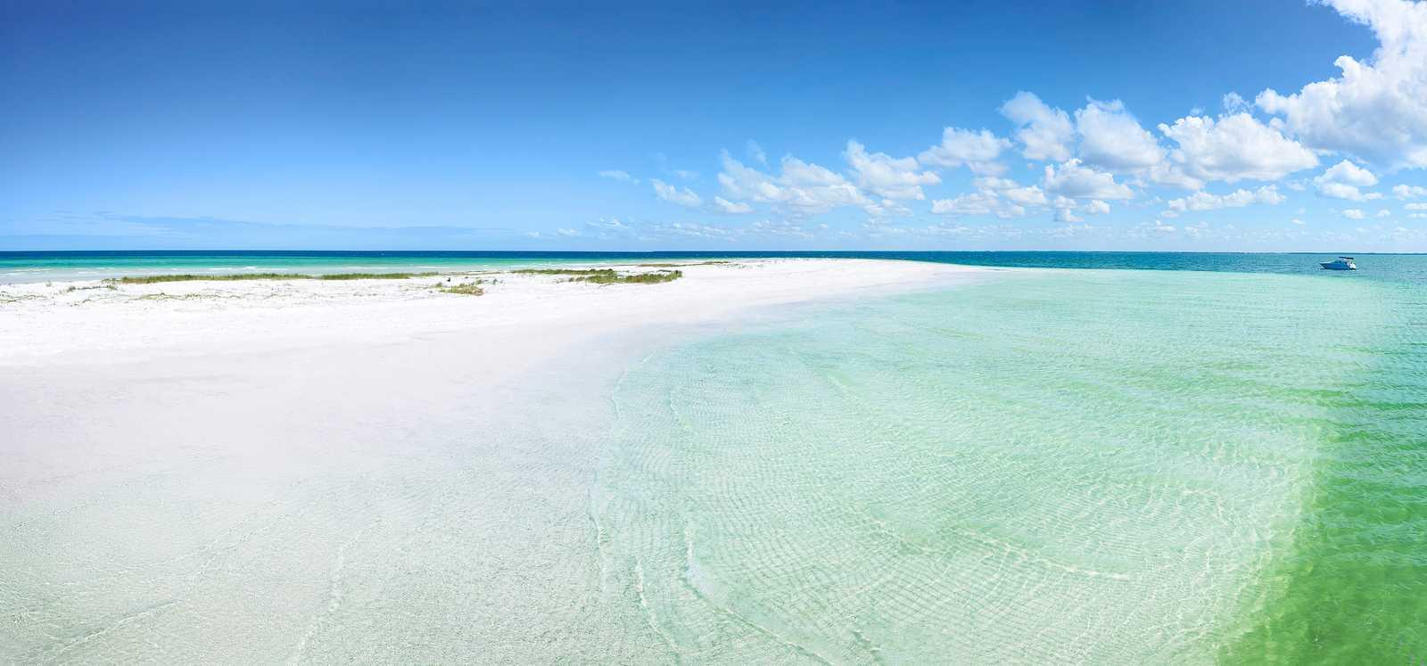 Blick über den Strand von Anclote Key, Florida