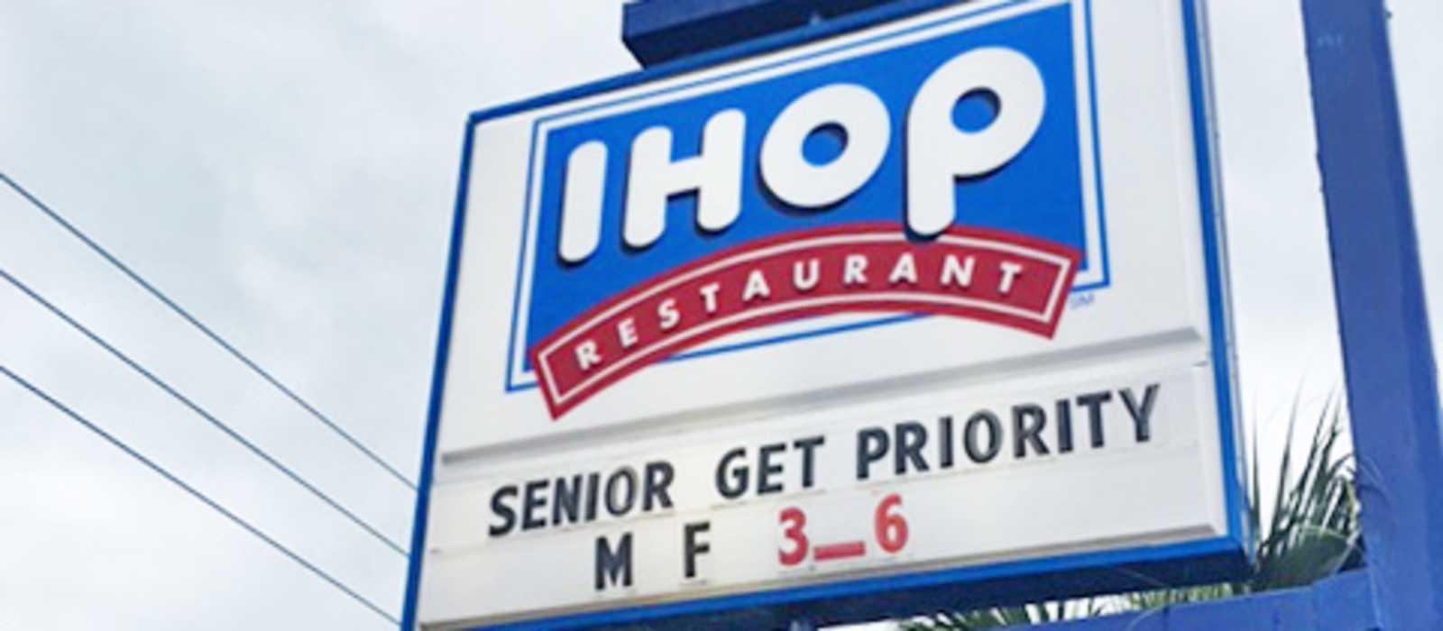 Amerikanisches Frühstück bei I-HOP genießen