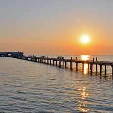 Sonnenaufgang an der Pier