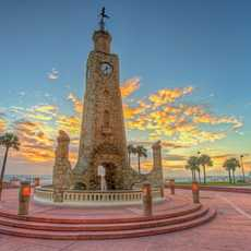 Der Clocktower Plaza am Daytona Beach in Florida