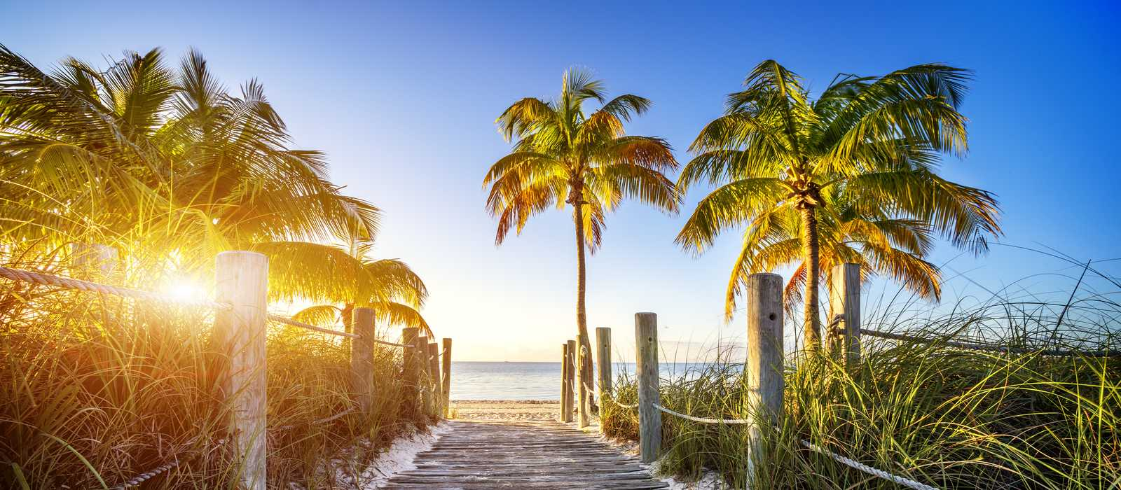 Der Weg zu einem Strand in Key West, Florida