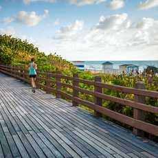 Miami Beach, Boardwalk Jogger