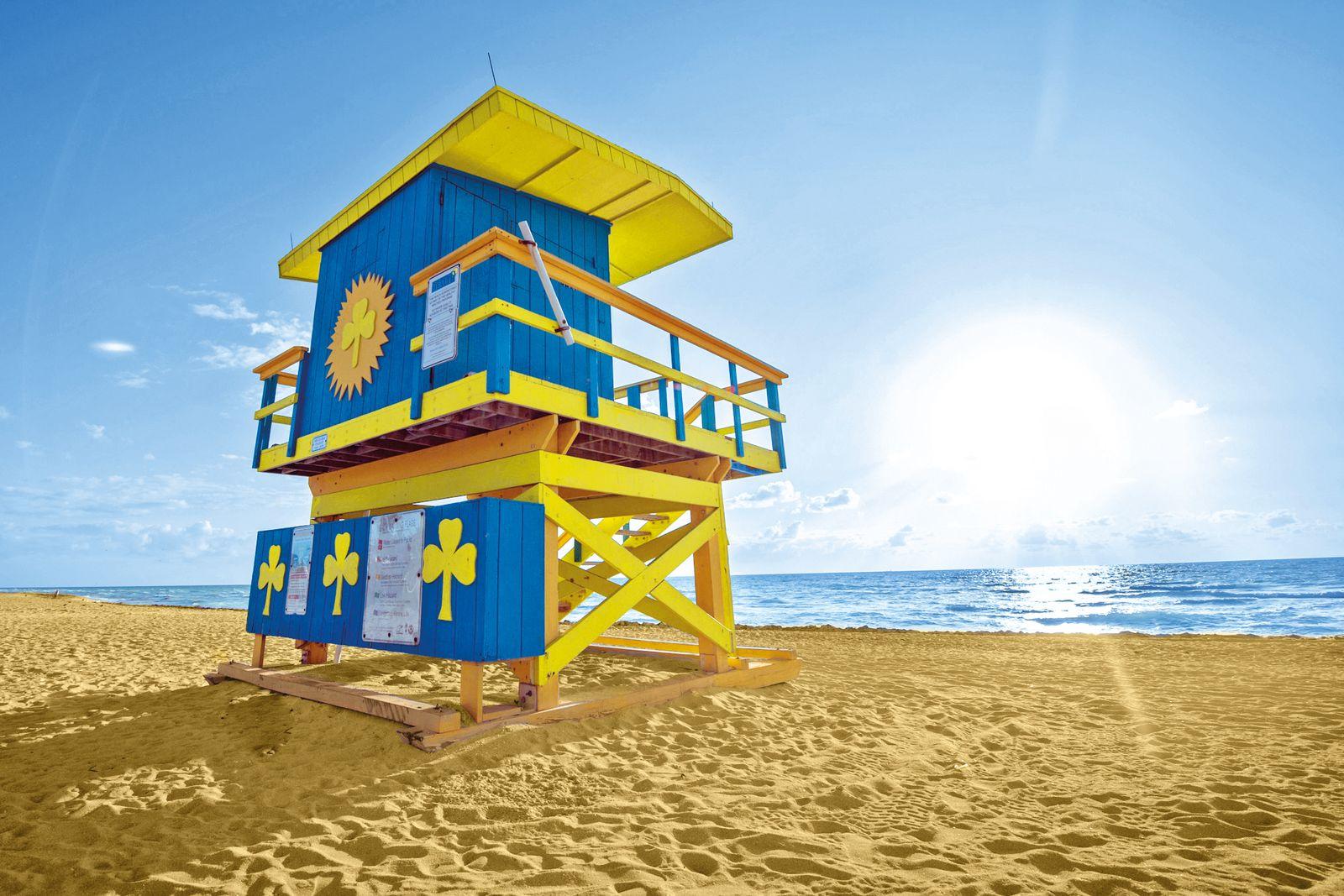 Lifeguard-Turm auf dem North Miami Beach
