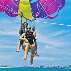 Parasailing vor Miami