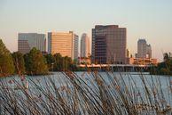 Orlando: Orlandos Skyline bei Dämmerung