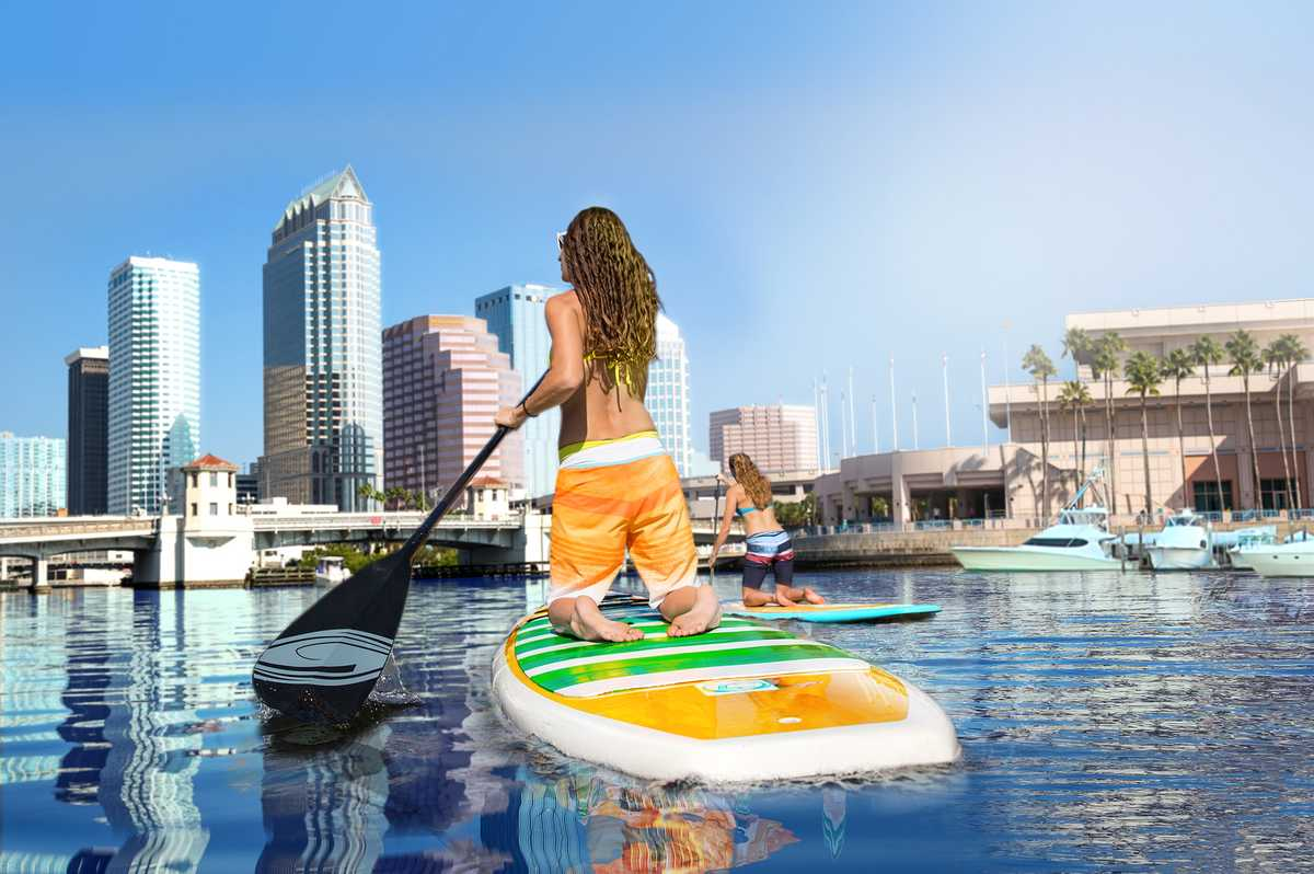 Stand-Up-Paddling in der Tampa Bay in Florida