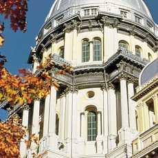 Das State Capitol im Herbst