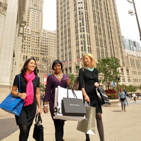 Shopping in der Magnificent Mile in Chicago