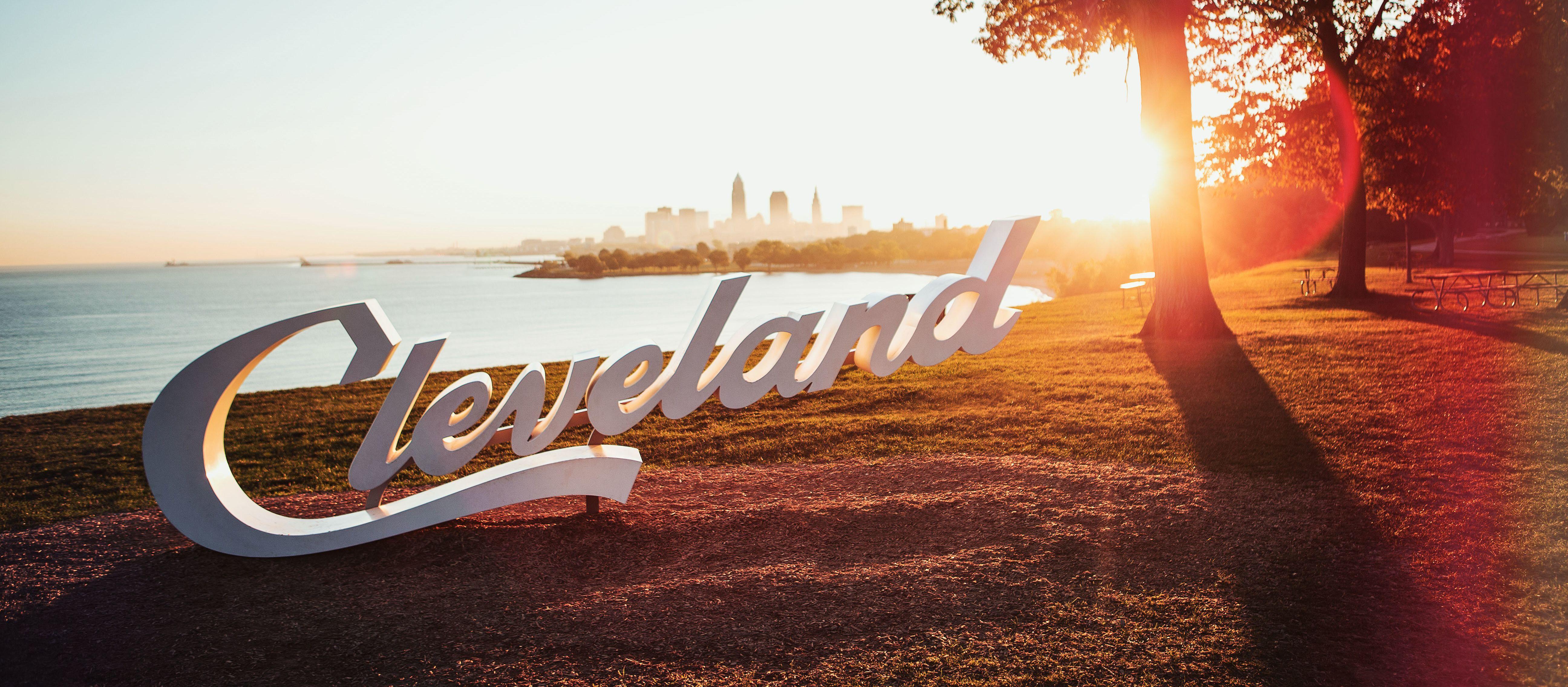 Der Cleveland-Schriftzug am Lake Erie