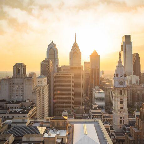Skyline von Philadelphia vor einem Sonnenuntergang, Philadelphia