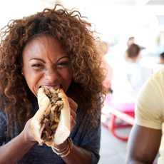 """Das schmeckt - das sogenannte """"Cheesesteak"""" ist eine Sandwich-Spezialität aus Philadelphia"""