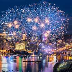 Feuerwerk über Pittsburgh