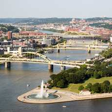 Ausblick auf den Point State Park in Pittsburgh, Pennsylvania