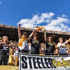Steeler Fans im Heinz Field in Pittsburgh