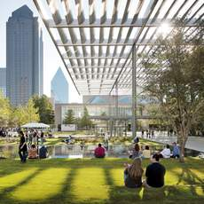 Winspear Opera House und Sammons Park, Dallas