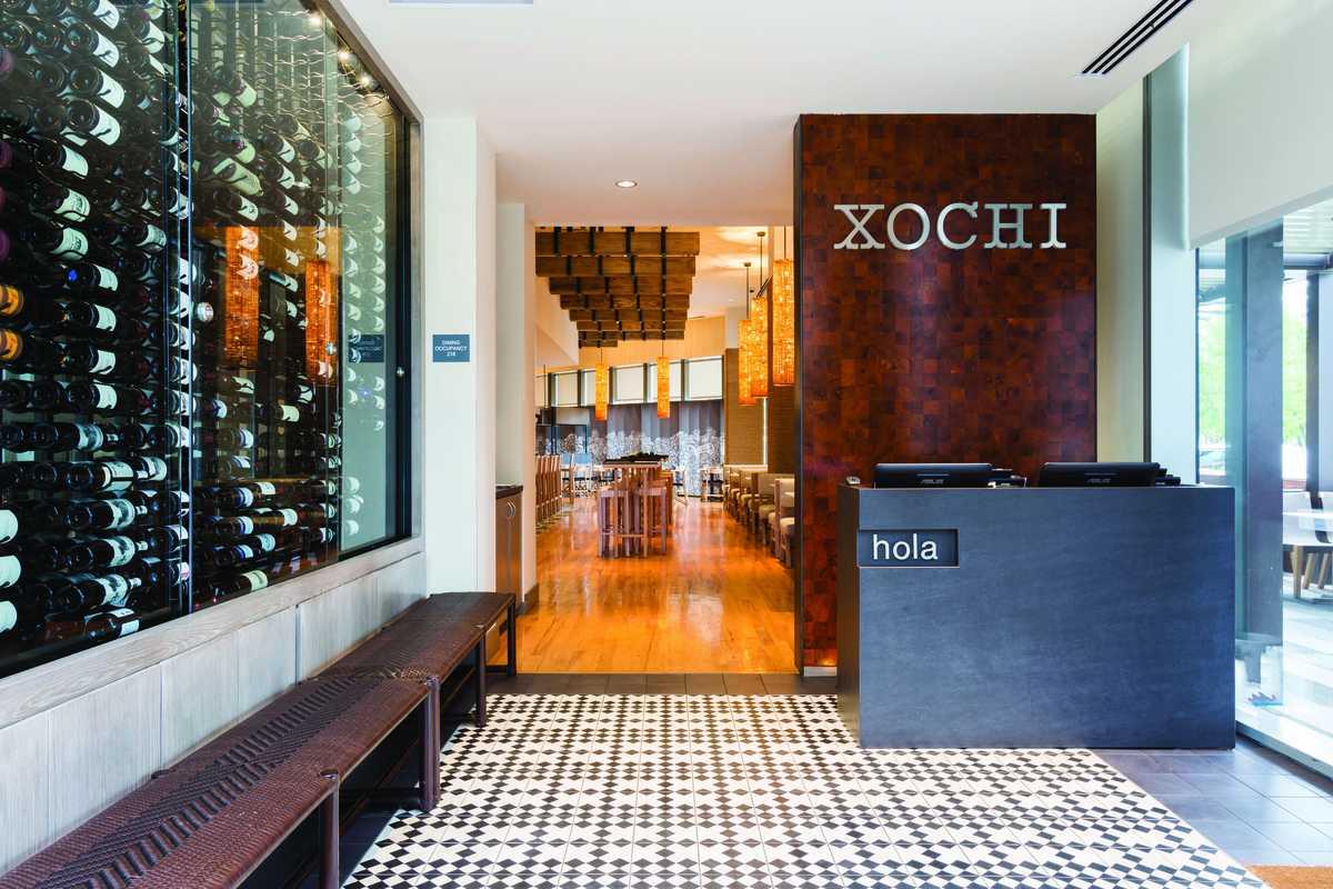 """Der Eingang des mexikanischen Restaurants """"Xochi"""" in Houston"""
