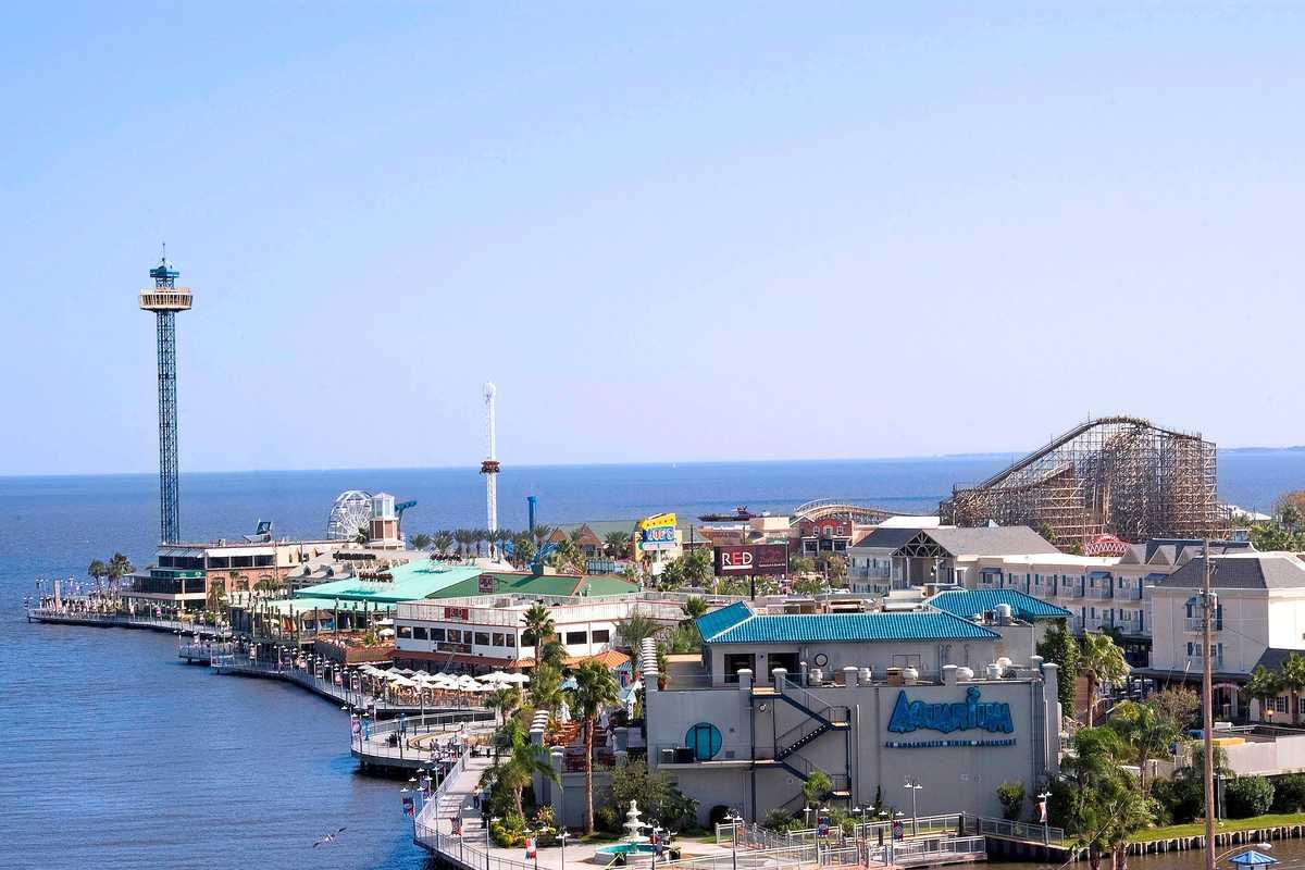Kemah Boardway Waterfront