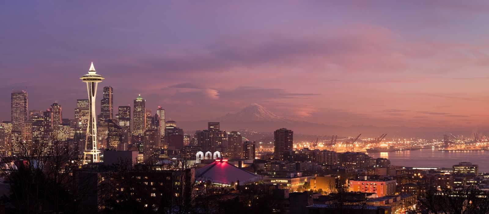 Die Skyline Seattles zur Weihnachtszeit