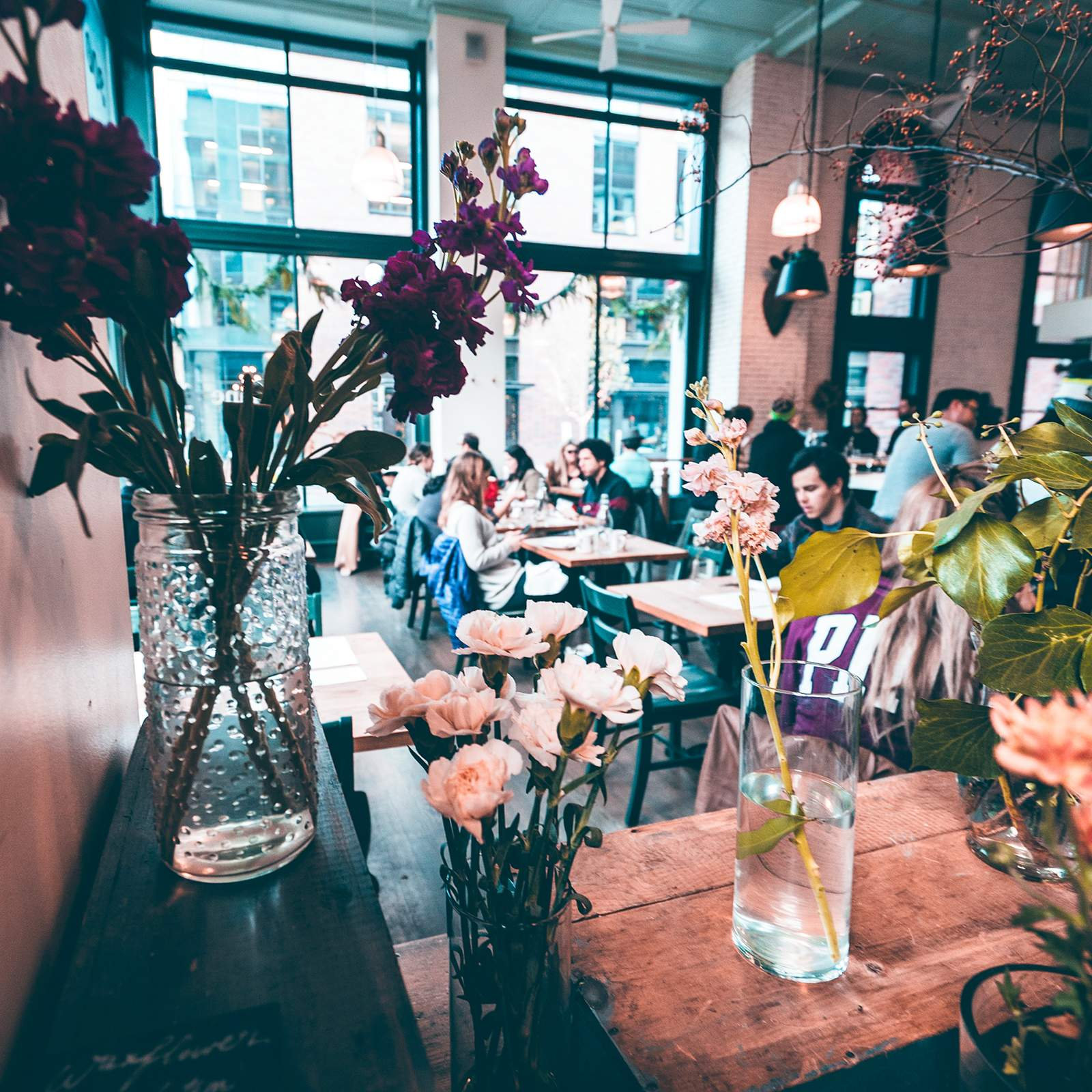 Ein kleines Studenten-Café in Seattle